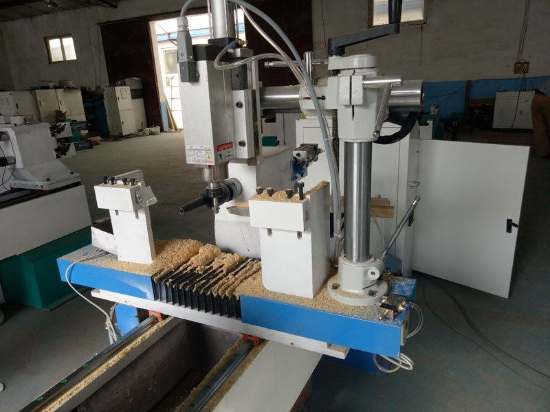 MVIP1530 4 axis new cnc wood turning lathe machine prices