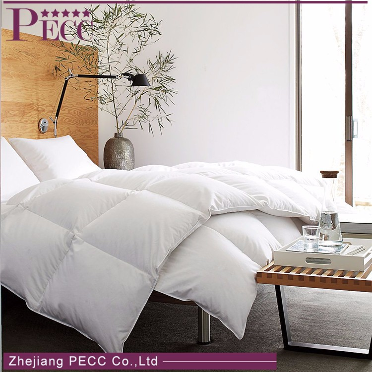 Comfortable Top Quality Promotion Winter Weight Luxury Down Comforter