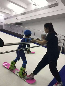 Ski & snowboard amusement ride Buy in China PROLESKI Indoor ski and snowboard simulator for body training on infinite slopes