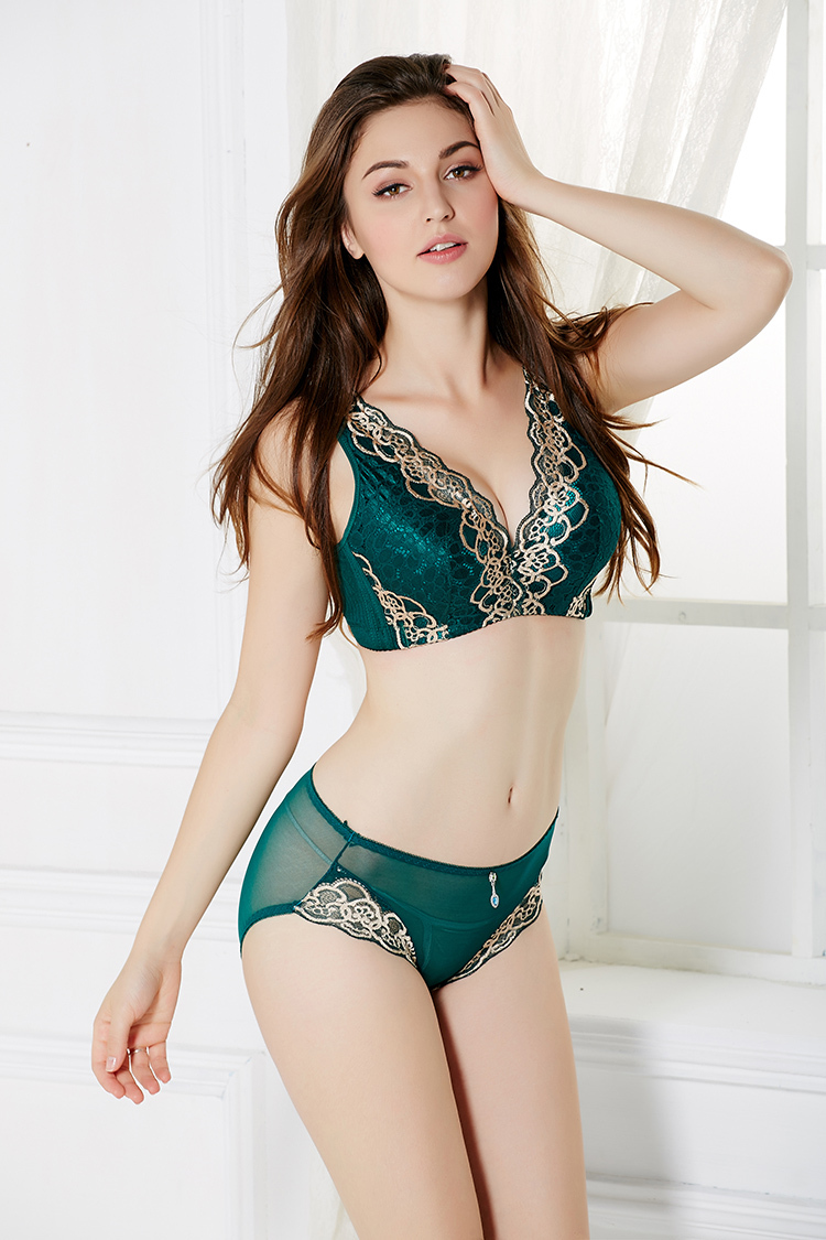 Amazing Underwear Bra For Women - Buy Underwear Bra Model Photos ...