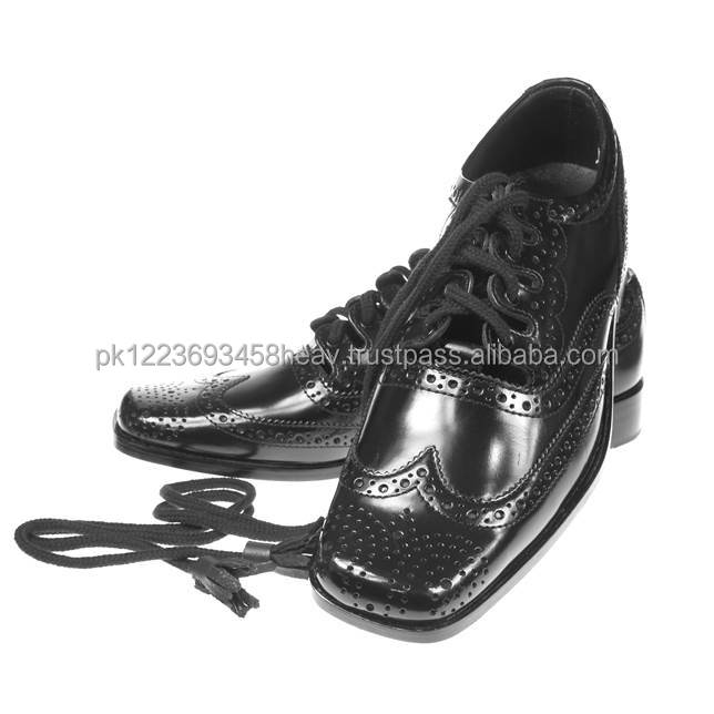 Brand New Ghillie brogue Kilt Shoes fashion square toe black