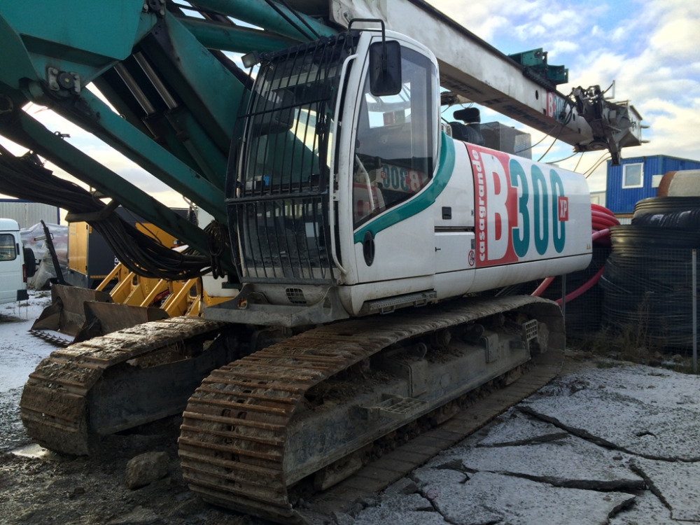 Hydraulic Piling Rig Casagrande B3000XP, CE certification, diesel engine type Deutz, model TCD 2015 V06, rating 330 Kw (448 Hp)