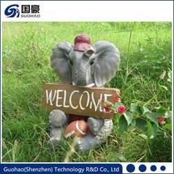 Attractive Welcome green worm and insect garden sign Statue