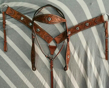 Horse racing western bridle and breastcollar set