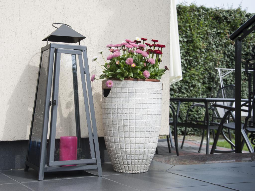 garten terrasse oder hause laterne buy gro en garten laternen product on. Black Bedroom Furniture Sets. Home Design Ideas