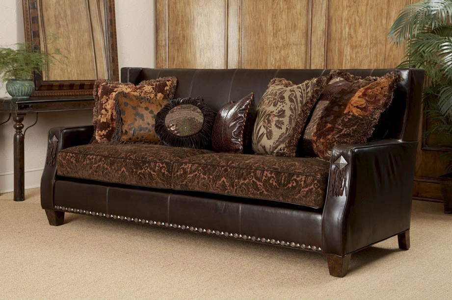 Indian sofa alto three seater leatherette sofa in black for Sofa royal classic