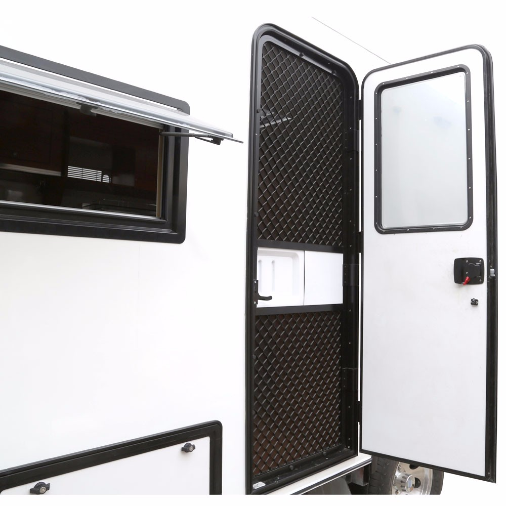 31 Cool Off Road Caravan External Kitchen | assistro.com