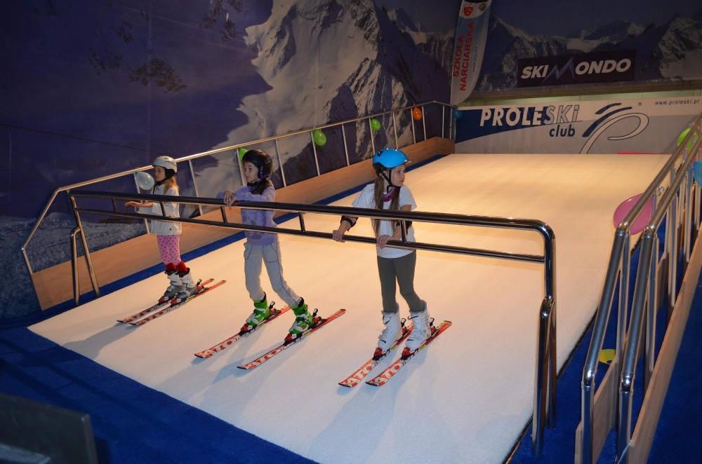PROLESKI PRO3 Endless ski slopes Fun ride Indoor attraction Snowboard Ski simulator