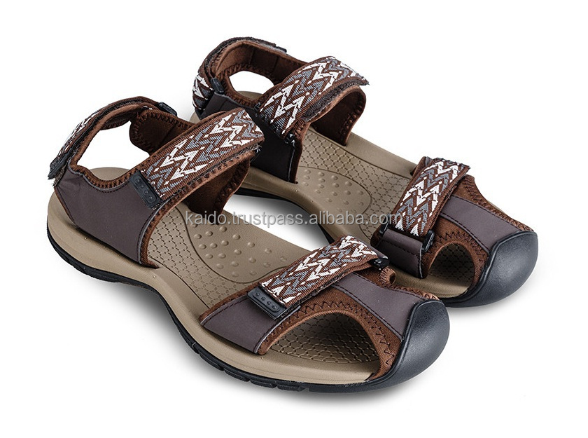 Leather upper fashionable slipper sandal outdoor for men air breath rubber outsole closed toe sandal for men