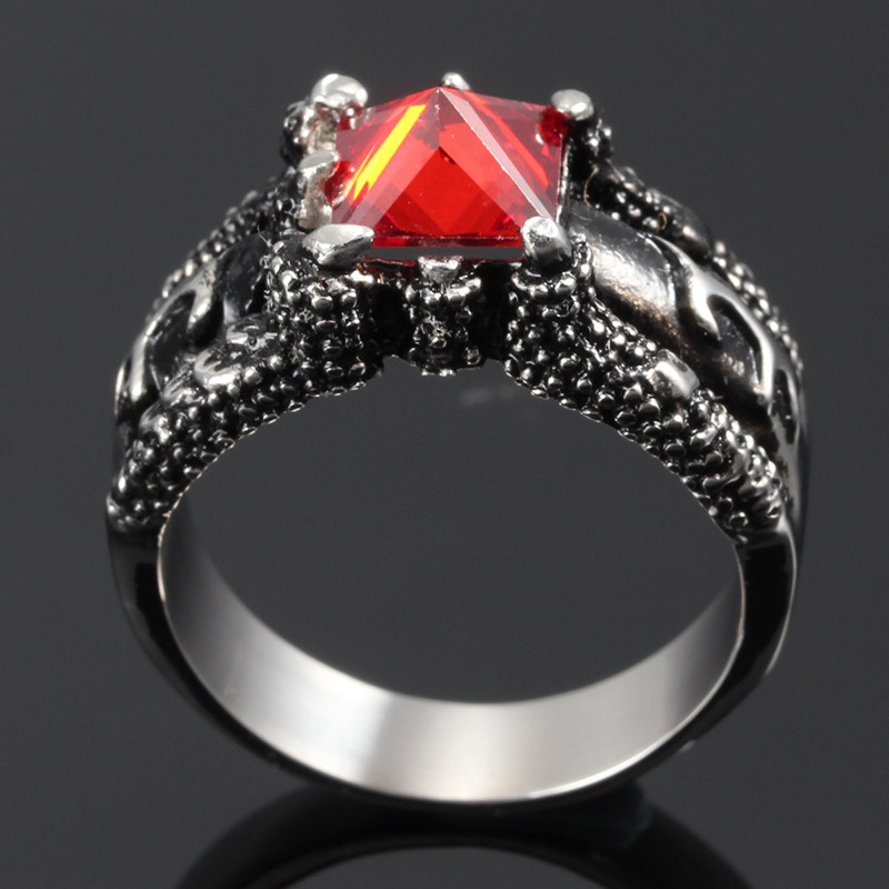 2016 Fashion Hot Selling Biker Wedding Rings With Red Zircon Prong