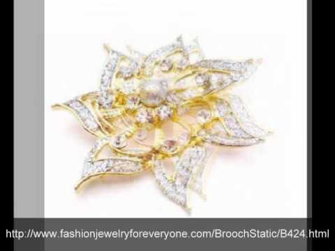 Bridemaids Dress Brooch Gold Flower Diamante & Pearls Confetti Brooch