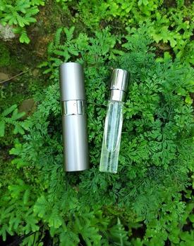 Agarwood Perfume (original) - Buy Agarwood,Perfume,Oud Product on  Alibaba com