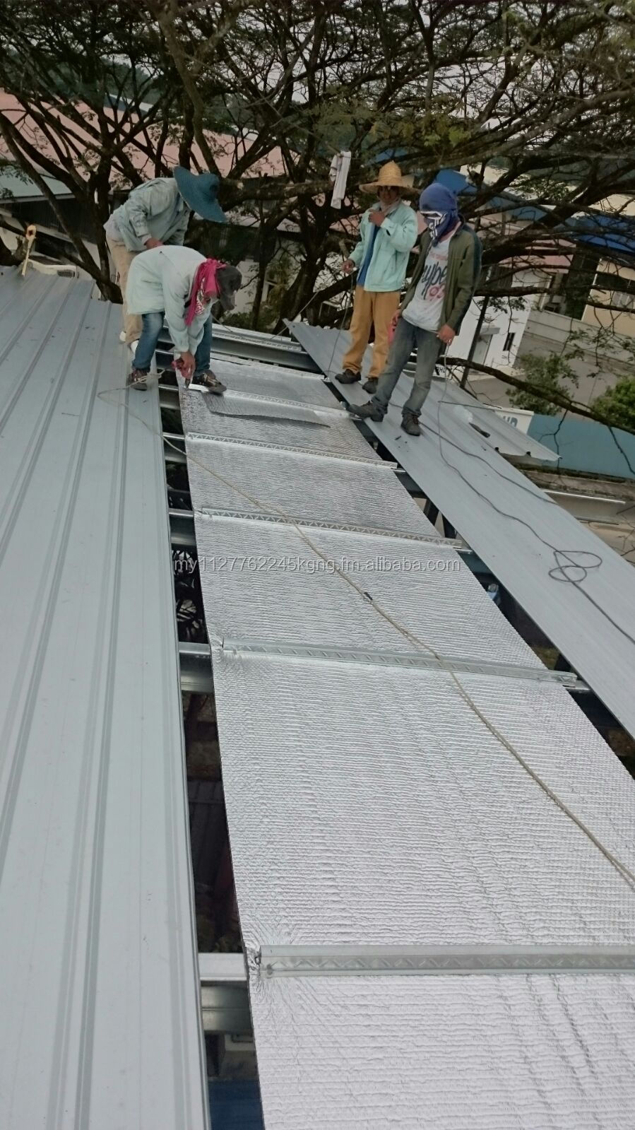 Avantgarde All-in-one Aluminium Foil / Radiant Barrier - Thermafoil Heat  Insulation - Buy Foam Roof System Product on Alibaba com