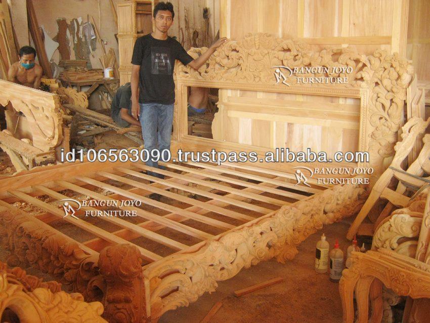 Rey royal tallado cama muebles de madera real de la cama for Muebles tallados en madera