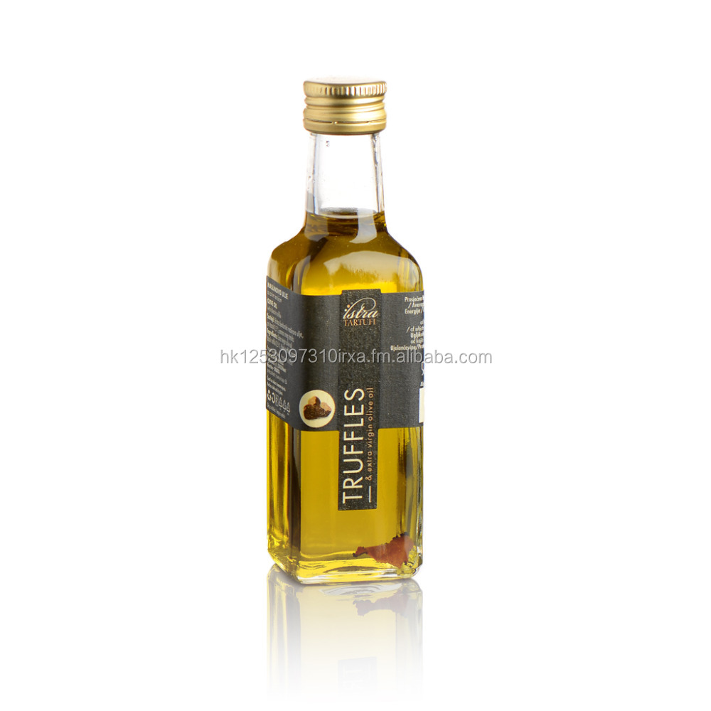 Extra Virgin Olive Oil with Black Truffle Slice