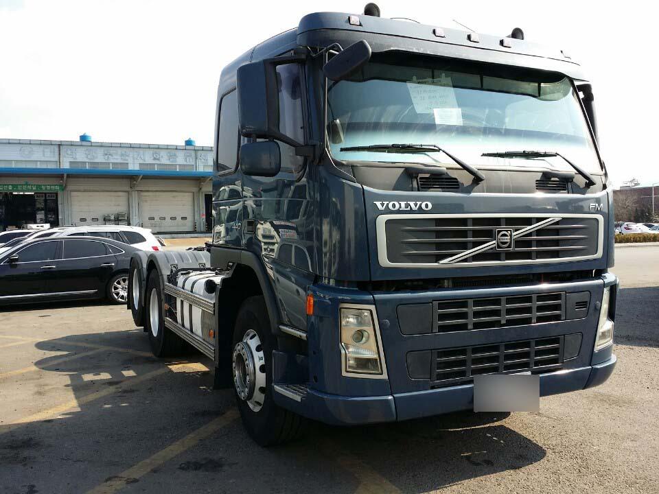 Volvo Tractor Head Truck Fh12 - Buy Volvo Tractor Head Truck Fh12,6x4 Used Volvo Fh12 Trucks ...
