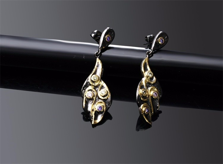 New Unique Leaf Shape Gothic Design Women Fashion Party Jewelery Zircon Drop Earrings