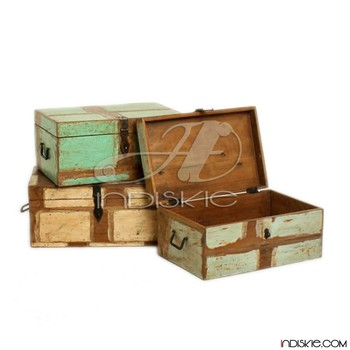 Charming Small Wooden Storage Box Reclaimed U0026 Trunk