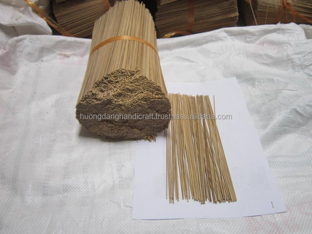 Raw natural bamboo sticks for insence, bamboo skewers from Viet Nam
