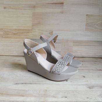 Découpé 0754 Compensées Buy Compensée semelle Chaussures Laser Femmes chaussures Modèle Motif Au Sandales Avec Femme 8wmNnv0