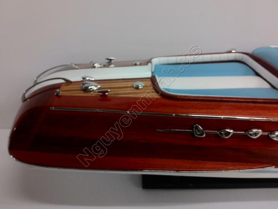 riva aquarama 87 cm woodel maquettes de bateaux vendre mod le de bateau de vitesse. Black Bedroom Furniture Sets. Home Design Ideas