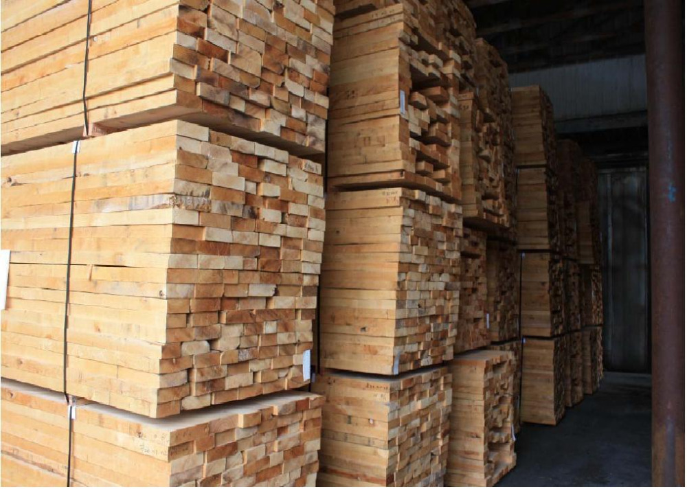 Pine wood logs at best price and high quality buy