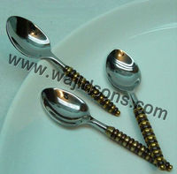 silver metal cutlery with plastic handle | stainless steel cutlery for table used