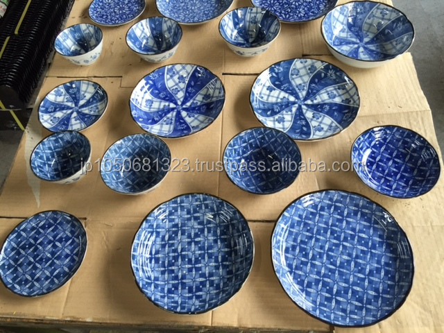 Japanese traditional stoneware square plate for sushi dinnerware various size and colors are available & Japanese Traditional Stoneware Square Plate For Sushi Dinnerware ...