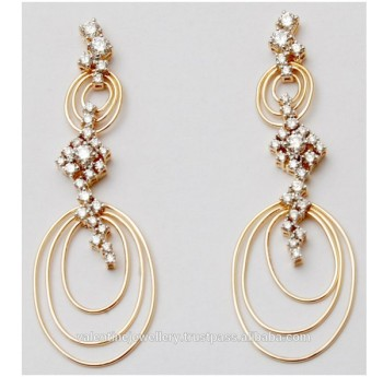 Las Beautiful Diamond Gold Earring Jewelry