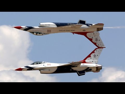 AMAZING! U.S. Air Force Thunderbirds Air Demonstration at 2014 Nellis Air Force Base Open House