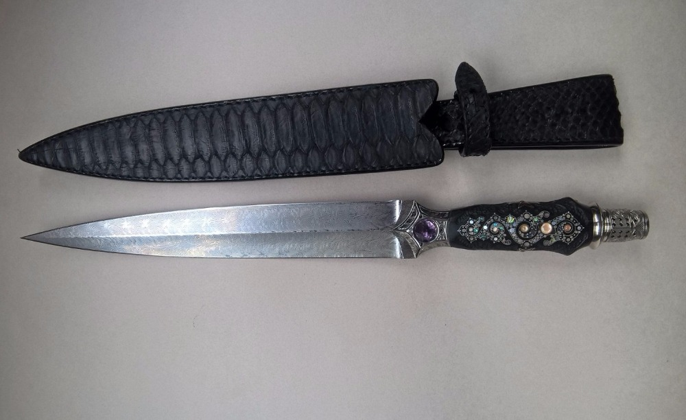 "Medieval dagger with damascus steel blade (damasteel), black ebony wood handle and python leather sheath. ""Black knight 2"""