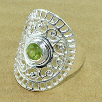 Light weight 925 sterling silver natural PERIDOT ring