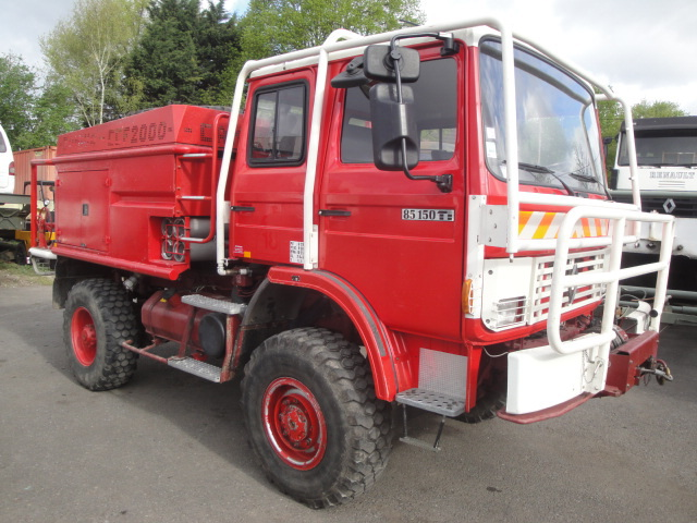 renault truck 4x4 trm 4000 ex army buy truck trm 4000 truck 4x4 ex army truck product on. Black Bedroom Furniture Sets. Home Design Ideas