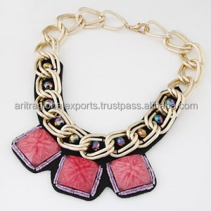 WESTERN BOLD FASHION TRIPLE SQUARE GEM PENDANTS GOLDEN METALLIC CHAIN NECKLACE - RED