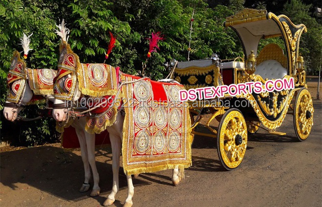 Royal Indian Black Gold Horse Drawn Buggy Carriage/ Wedding Decorated Horse Victoria Buggy/ Indian Wedding Carriage