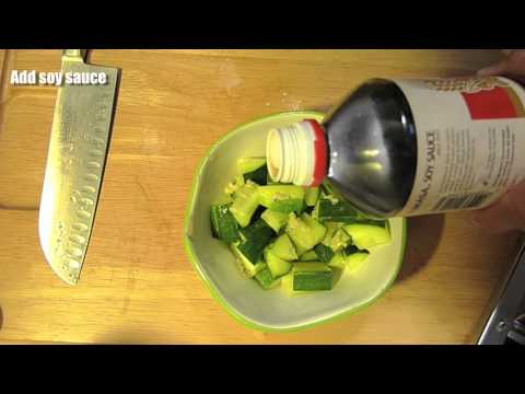 Cucumber w/garlic, sesame oil & soy sauce - Japanese Cooking ���g���夦�ꥵ����쥷��