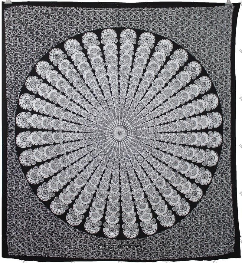 indische pfau mandala wandteppich pfau moor pankh schwarz wei runde mandala wandteppich produkt. Black Bedroom Furniture Sets. Home Design Ideas