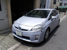 Durable and reliable used cars and auctions PRIUS with Hybrid
