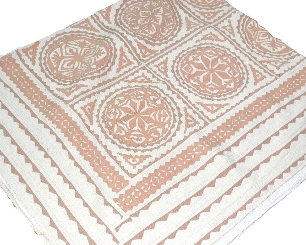 Beige Indian Cutwork Bedcover Patchwork Kantha Quilt Handmade ...