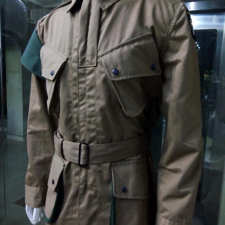WWII US ARMY M1942 M42 AIRBORNE PARATROOPER UNIFORM MILITARY JACKET SIZE XL