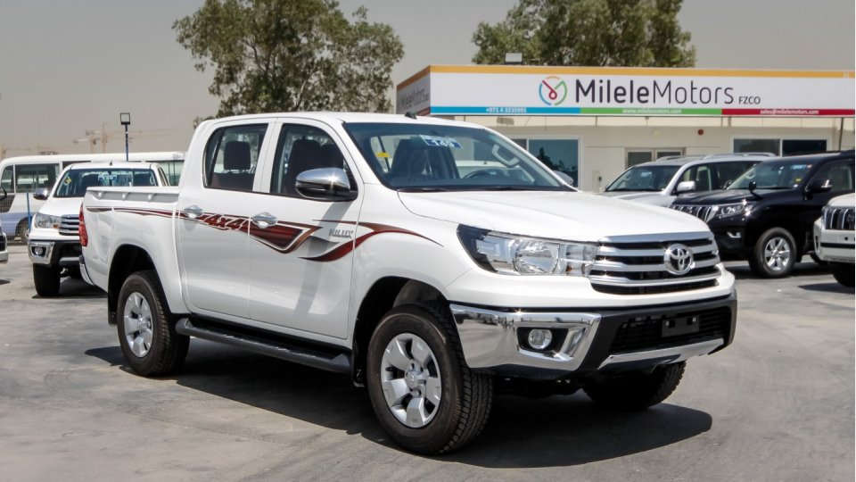 Toyota Hilux 4x4 >> Toyota Hilux Pickup 4x4 2 4l Mesin Diesel Manual Transmssion Penuh Opiton Buy Toyota Hilux Diesel Pickup 4x4 Toyota Hilux Diesel Pickup 4x4 Hilux