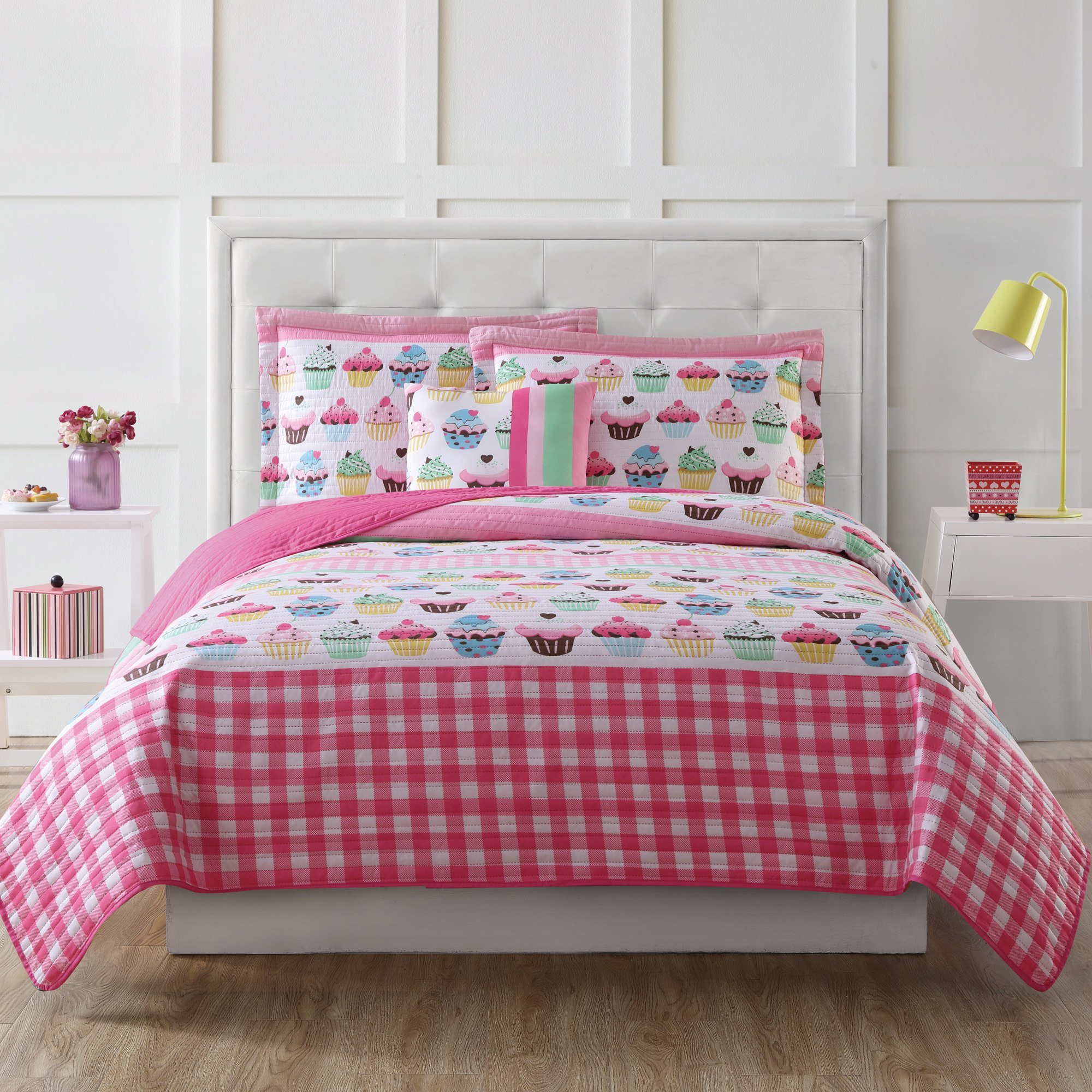 4 Piece Kids Pink Cupcake Theme FULL SIZED Quilt Set, Plaid Cup Cake Graphic Print Stripes Pattern Bedding,Cabin Lodge Checkered Chocolate Vanilla Raspberry Cake Unique Trendy Sleek Style,Microfiber