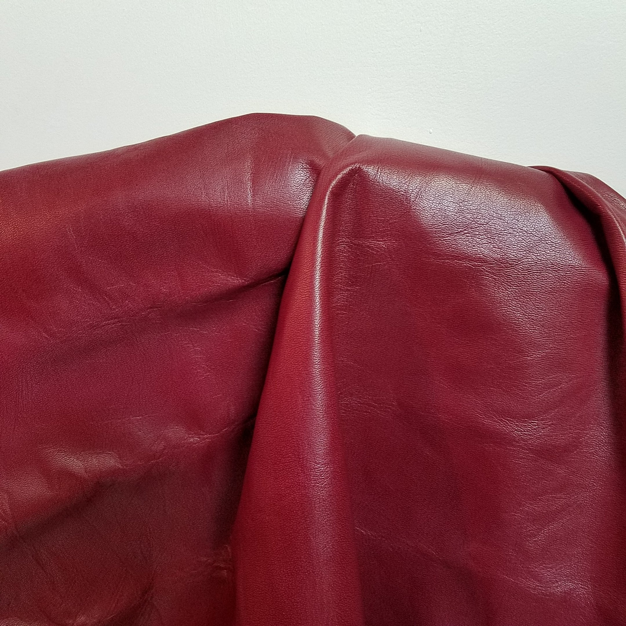 """Red Burgundy Tracker 24"""" x 30"""" leather piece cutting 2.5 oz Two Tone Soft Upholstery Chap Cowhide Genuine Leather Hide Skin (24 inch x 30 inch)"""