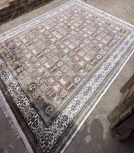 Hand Knotted Indian silk rugs