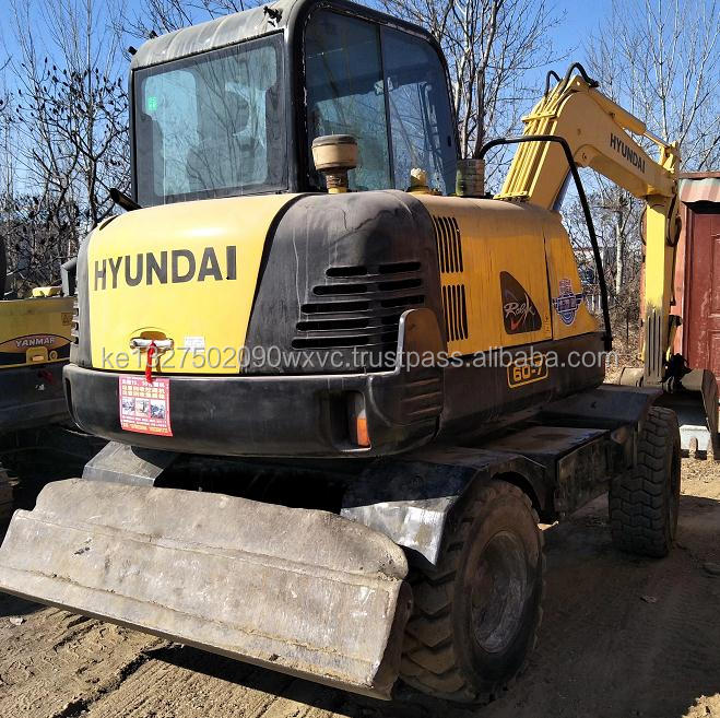 Used mini wheel excavator hyundai 60w-7 excavator for sale