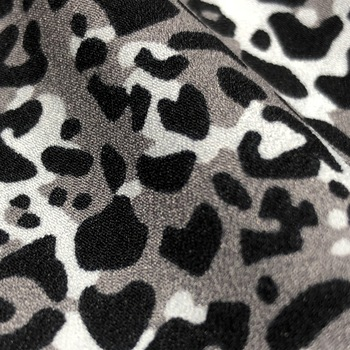 Hot sale animal print/ leopard printed fabric chiffon for summer clothes dress shirt scarf