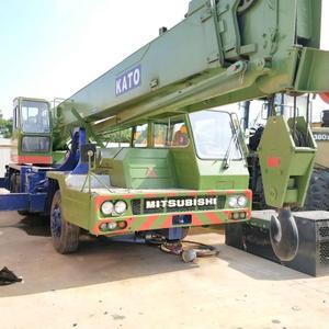 Used KATO Truck Crane 25T in Good Condition