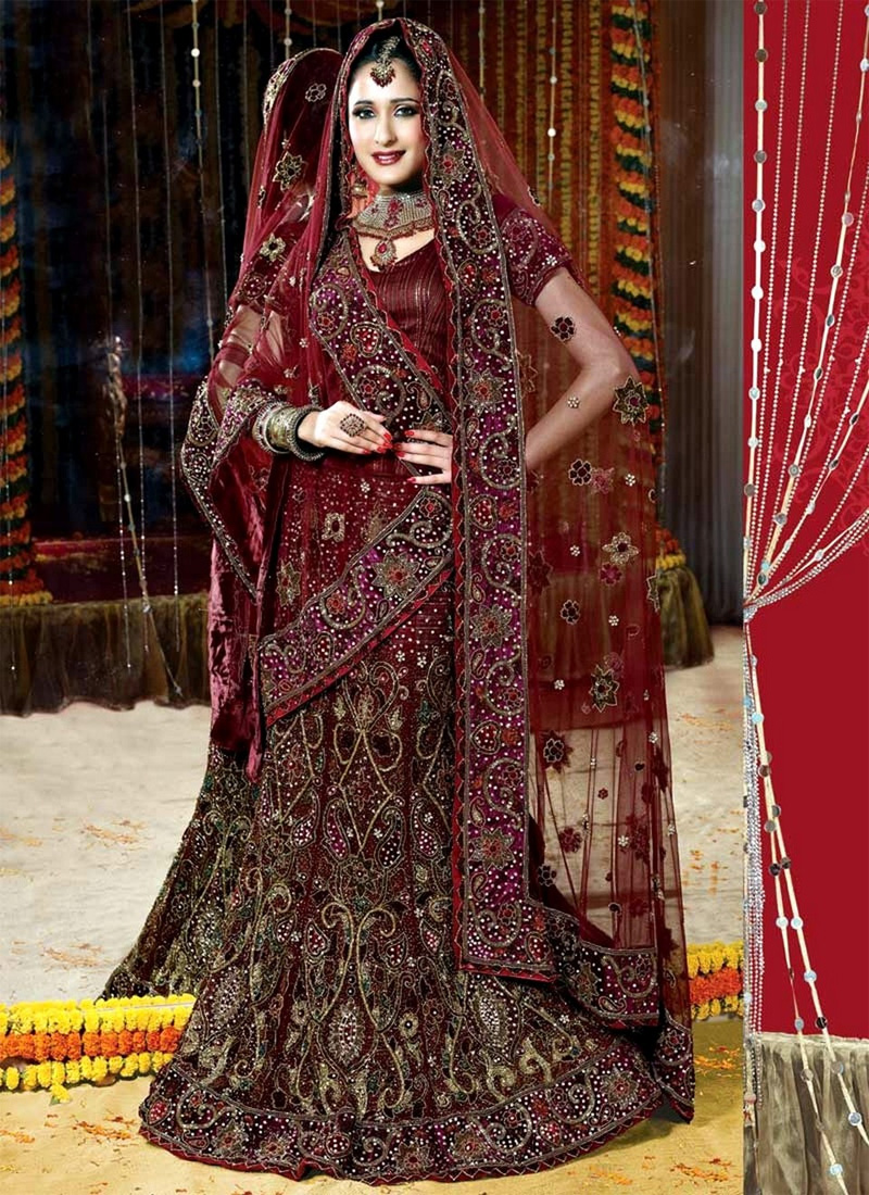 5059 Best Quality Available All Colors Customize Designs Traditional Pakistani/Indian/English Wedding Dresses
