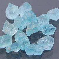 Natural stone Wholesale blue stone Aquamarine Quality Fine Price of Uncut loose rough aquamarine Crystals stone raw material