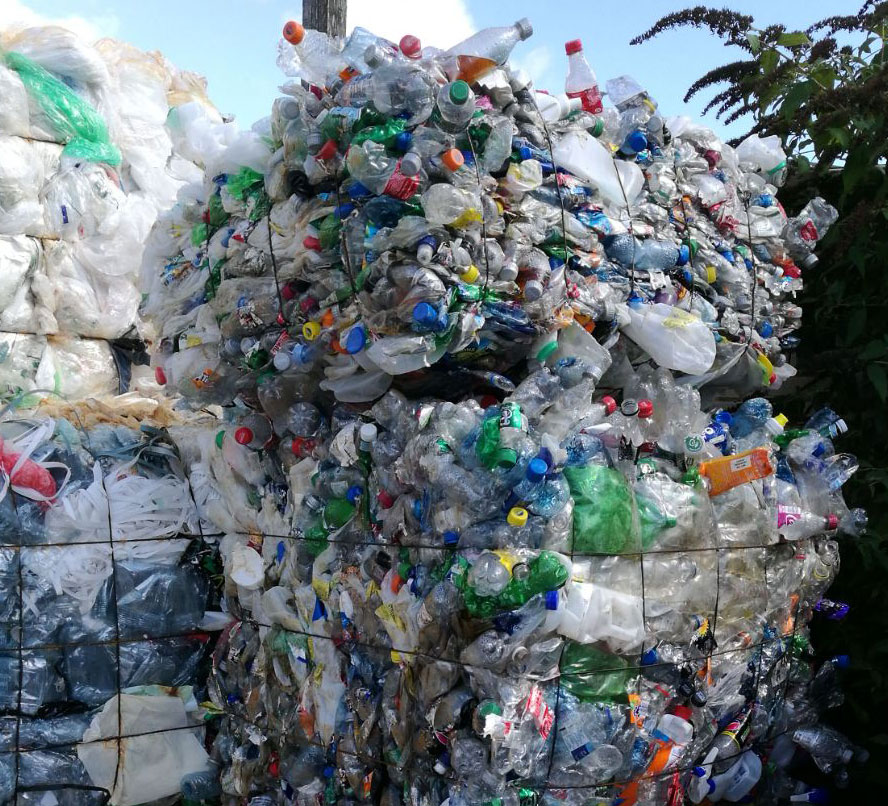 essays on recycling plastic Plastic pollution in india essays plastic products exist as various kinds of forms all over the planet because of its convenience however, plastic made from petroleum, coal, and cellulose leads to many environmental impacts while being produced and disposed.